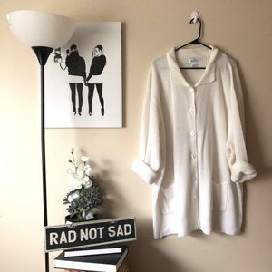Plus size NWT Vintage Long knit cardigan in white